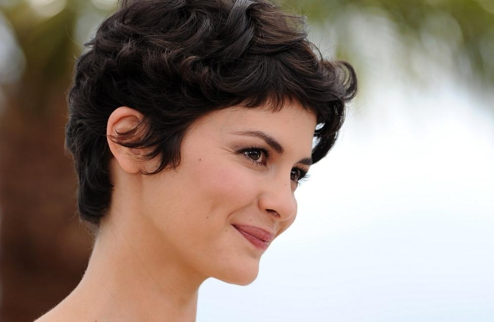 More Pics Of Audrey Tautou Messy Cut (1 Of 17) – Short Hairstyles Throughout Audrey Tautou Short Haircuts (View 17 of 20)