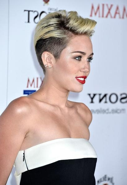 More Pics Of Miley Cyrus Short Straight Cut (16 Of 31) – Short Regarding Miley Cyrus Short Haircuts (View 17 of 20)