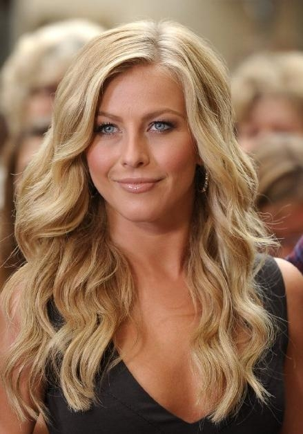 Most Current Julianne Hough Long Hairstyles Intended For Julianne Hough Hairstyle: Sexy Side Parted Long Blonde Soft Curly (View 6 of 15)