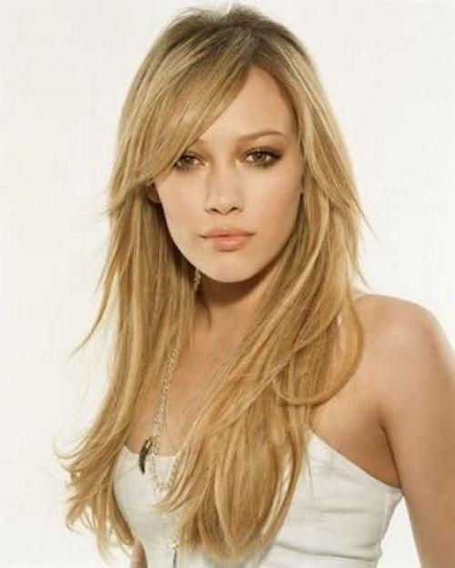 Featured Photo of Long Haircuts For Round Faces And Thin Hair