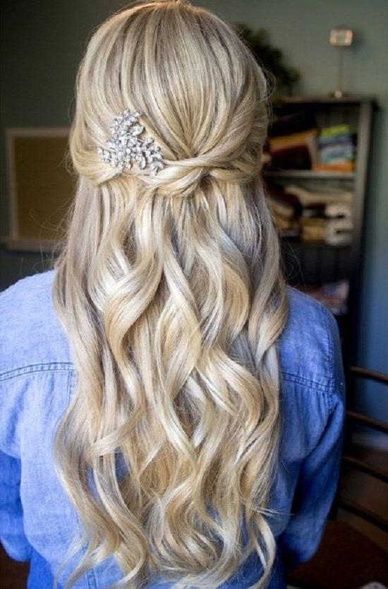 Most Popular Long Ball Hairstyles Inside Prom Hairstyles To Inspire You How To Remodel Your Hair (View 11 of 20)