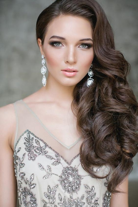 Most Popular Long Hairstyles To One Side With 34 Elegant Side Swept Hairstyles You Should Try – Weddingomania (View 10 of 20)