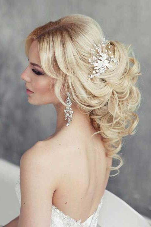 Most Popular Wedding Long Hairstyles With Regard To 25+ Wedding Long Hairstyles | Long Hairstyles 2016 –  (View 12 of 20)