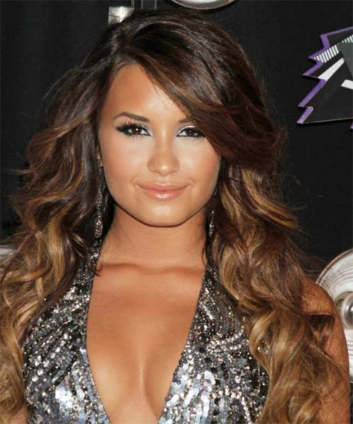 Most Recent Demi Lovato Long Hairstyles Regarding Demi Lovato Long Wavy Casual Hairstyle With Side Swept Bangs (View 9 of 15)