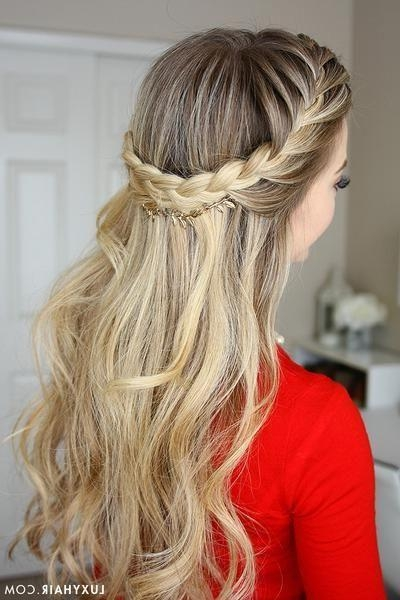 Most Recent Down Long Hairstyles Throughout Best 25+ Down Hairstyles Ideas On Pinterest | Hair Down Styles (View 16 of 20)