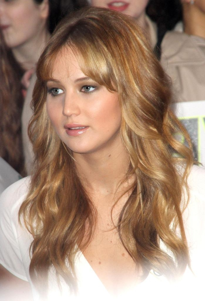 Most Recent Jennifer Lawrence Long Hairstyles With Jennifer Lawrence Long Wavy Cut With Bangs – Jennifer Lawrence (View 14 of 20)