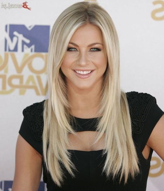 Featured Photo of Julianne Hough Long Hairstyles