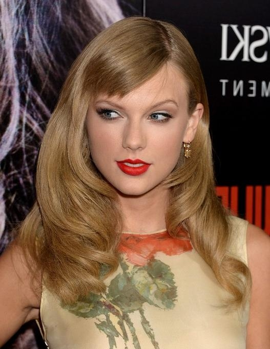 Most Recent Taylor Swift Long Hairstyles Throughout 2014 Taylor Swift Long Hairstyles: Long Hair For Short Bangs (View 10 of 15)