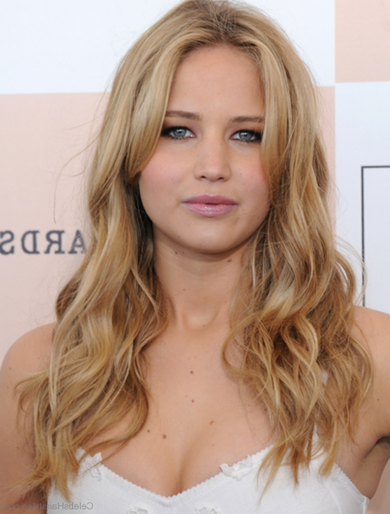 Most Recently Released Jennifer Lawrence Long Hairstyles For 60 Jennifer Lawrence Best Hairstyles (View 16 of 20)