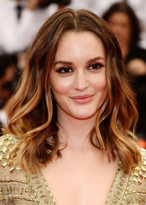 Most Up To Date Long Hairstyles Big Foreheads Within 30 Best Hairstyles For Big Foreheads | Herinterest/ (View 15 of 15)