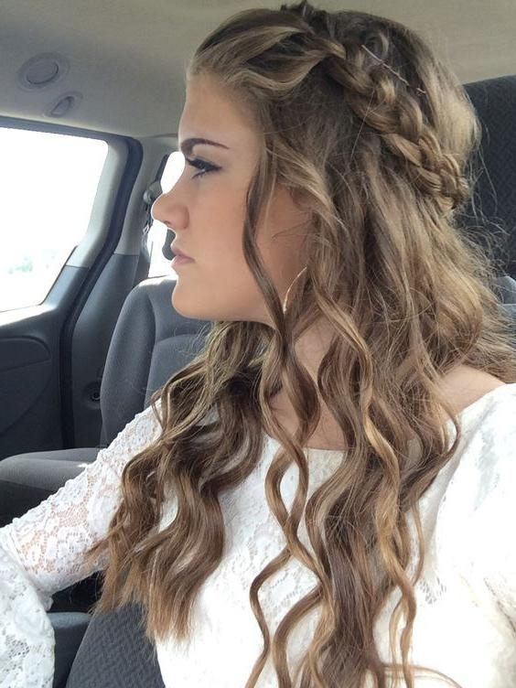 Most Up To Date Long Hairstyles For Dances Inside Best 25+ Homecoming Hairstyles Ideas On Pinterest | Hair Styles (View 10 of 20)