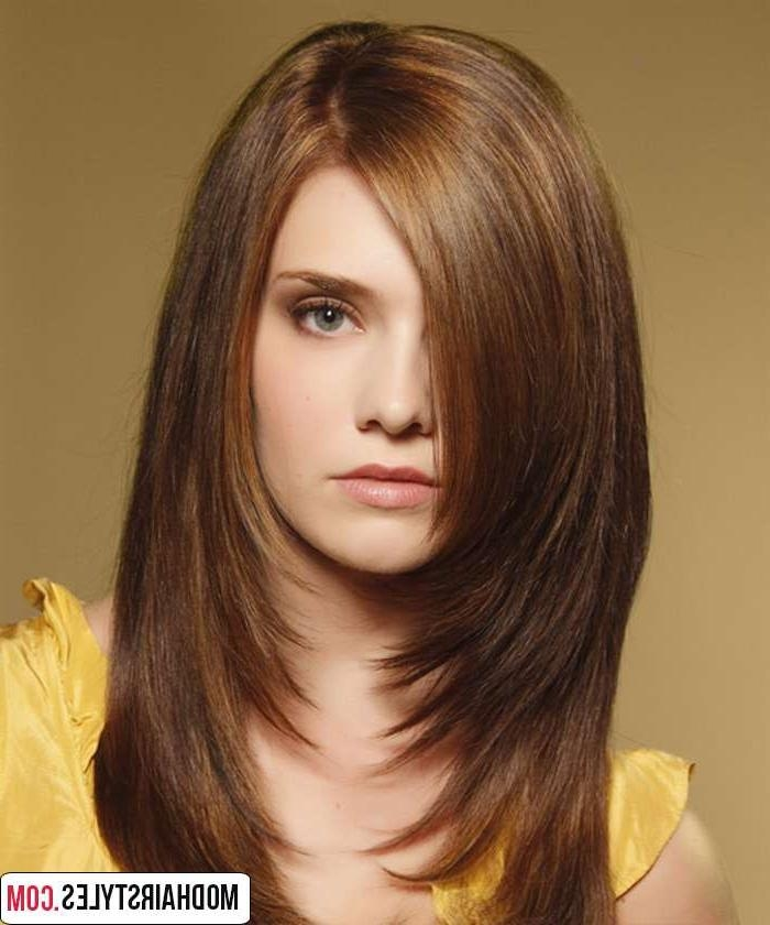 Most Up To Date Long Hairstyles For Round Faces Women With Regard To Long Hairstyles For Round Faces (View 15 of 20)