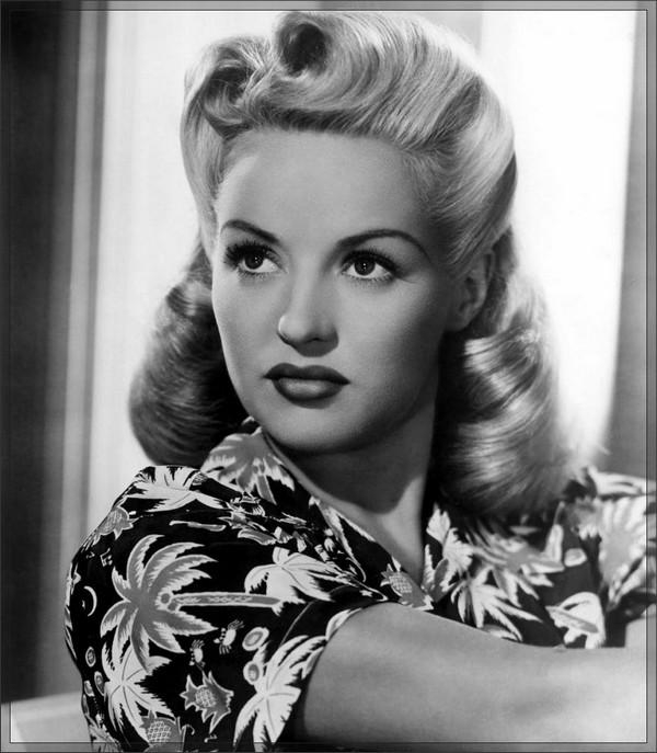 Newest 1950s Long Hairstyles Within 31 Simple And Easy 50s Hairstyles With Tutorials – Beautified Designs (View 4 of 20)