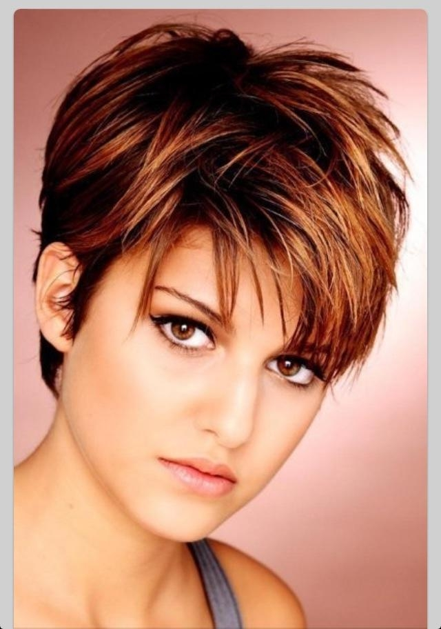 Pictures Of Short Hairstyles For Round Faces – Hairstyle Foк Women Pertaining To Flattering Short Haircuts