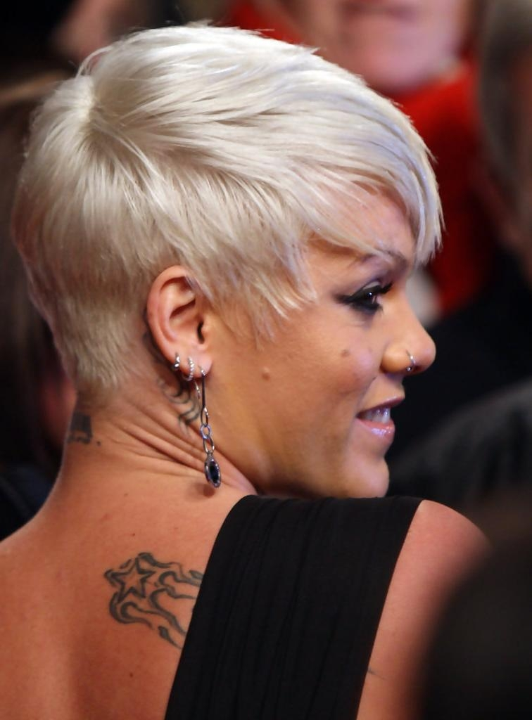 Pink Short Hairstyles – Pink Hair – Stylebistro Inside Pink Short Haircuts (View 10 of 20)