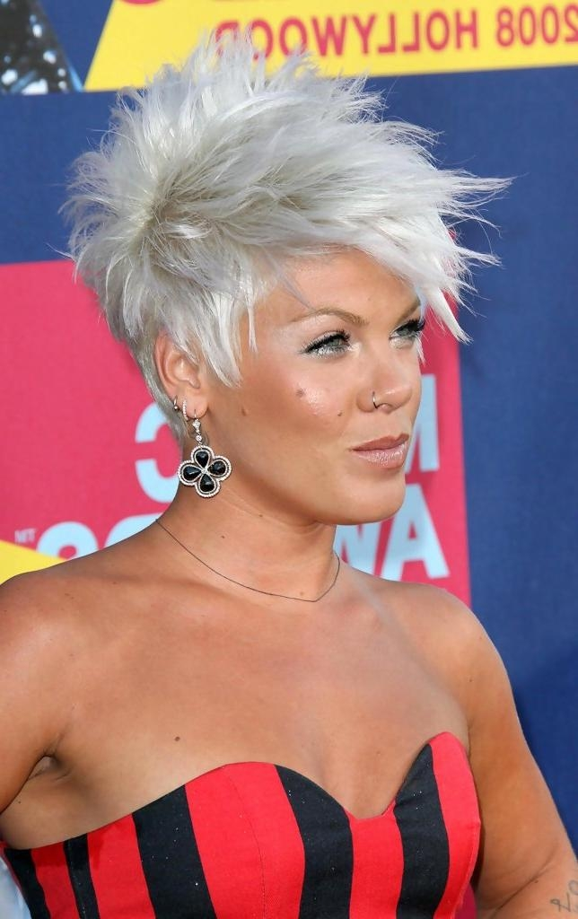 Pink Short Hairstyles – Pink Hair – Stylebistro Intended For Pinks Short Haircuts (View 10 of 20)