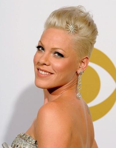 Pink Short Hairstyles – Popular Haircuts Within Pink Short Haircuts (View 13 of 20)