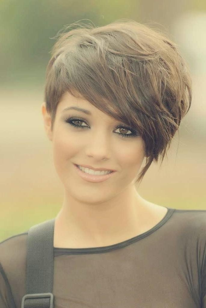 Pixie With Long Bangs – Hairstyle Foк Women & Man With Regard To Short Haircuts With One Side Longer Than The Other (View 17 of 20)