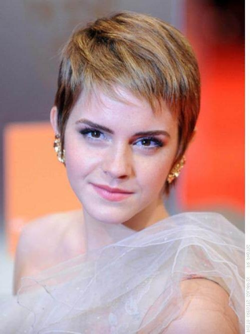 Prom Hairstyles For Short Hair – Pictures And How To's In Short Haircuts For Prom (View 14 of 20)
