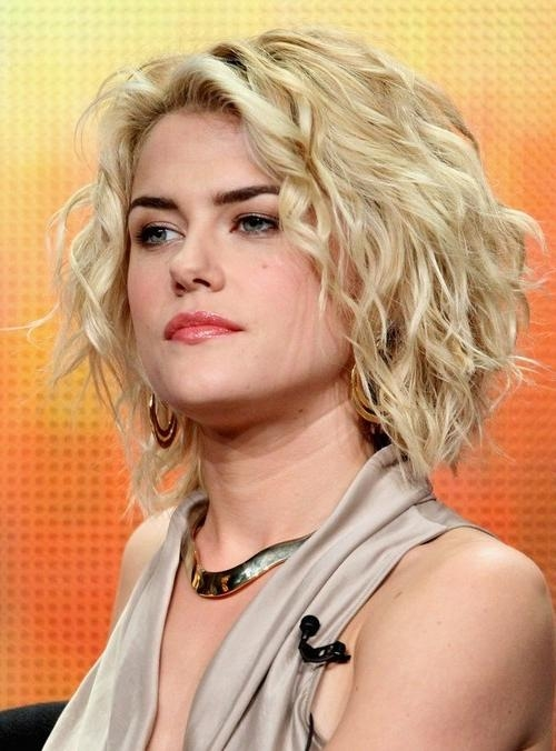 Rachael Taylor's Hairstyle: Short Tousled Curly Hairstyle For Throughout Tousled Short Hairstyles (View 8 of 20)