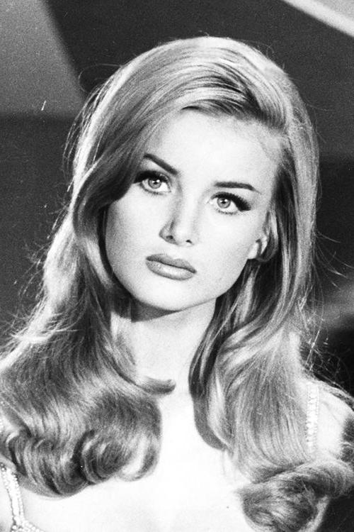 Recent 1960S Long Hairstyles Within 25+ Beautiful 1960S Hair Ideas On Pinterest | 60S Hair, (View 8 of 20)
