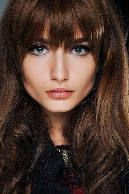 Recent Full Fringe Long Hairstyles With Regard To 21 Amazing Hairstyles With Bangs – Pretty Designs (View 20 of 20)