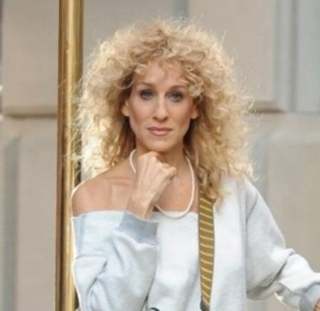 Sarah Jessica Parker Curly Bob Pertaining To Hairstyles | Simple Throughout Sarah Jessica Parker Short Hairstyles (View 9 of 20)