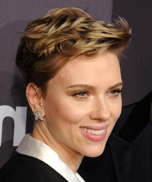 Scarlett Johansson Hairstyles For 2018 | Celebrity Hairstyles Regarding Scarlett Johansson Short Hairstyles (View 11 of 20)