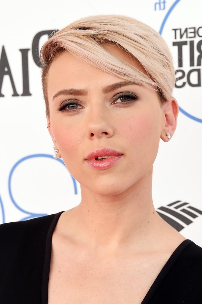 Scarlett+Johansson Short Hairstyles Boy Cut – Hair World Magazine Pertaining To Scarlett Johansson Short Hairstyles (View 20 of 20)