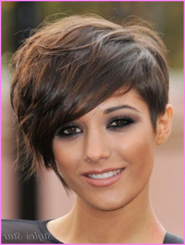 Short Haircuts 2017 Round Face – Stylesstar ® Throughout Trendy Short Haircuts For Round Faces (View 15 of 20)