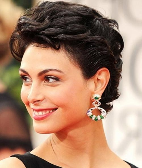 Short Haircuts For Curly Hair – The Cutest & Prettiest Short Throughout Short Hairstyles Swept Off The Face (View 2 of 20)