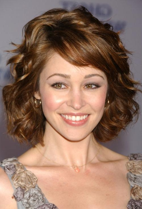 Short Haircuts For Semi Curly Hair] 20 Very Short Curly Hair Short Within Short Haircuts For Wavy Frizzy Hair (View 16 of 20)