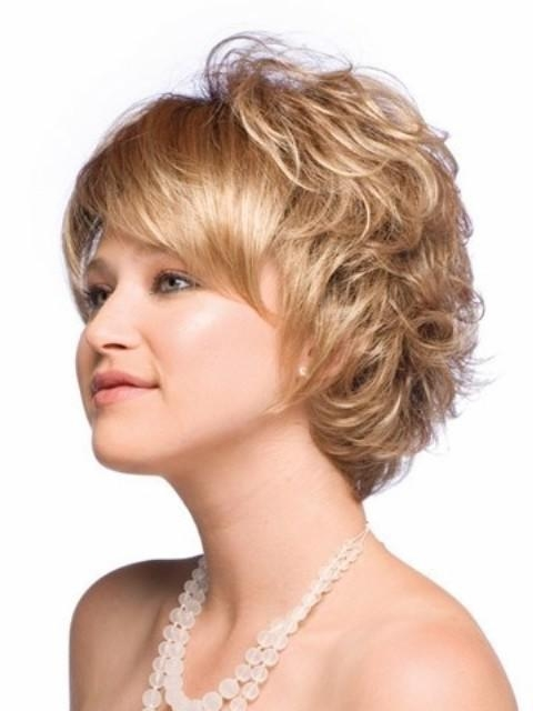 Short Haircuts That Cover Your Ears – Find Hairstyle With Short Haircuts That Cover Your Ears (View 15 of 20)