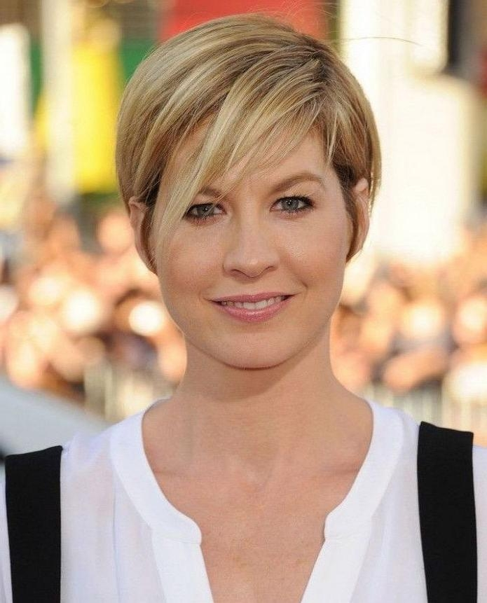 Short Hairstyles And Cuts | Short Haircuts For Women With Round Pertaining To Short Haircuts For Women With Round Face (View 18 of 20)