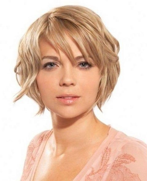 Short Hairstyles And Cuts | Short Hairstyles For Oval Face Shapes 141 For Oval Face Shape Short Haircuts (View 15 of 20)