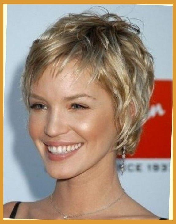 Short Hairstyles Feathered Sides | Hairstyles Pictures In Short Hairstyles With Feathered Sides (View 18 of 20)