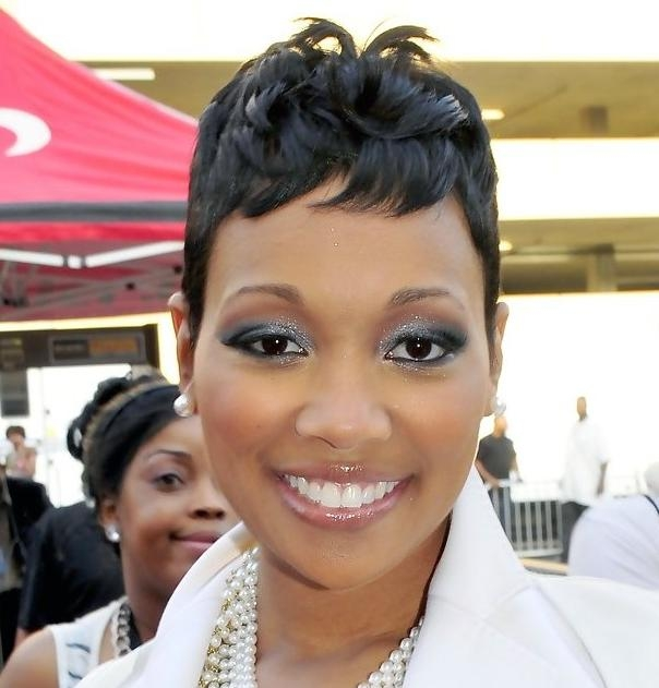 Short Hairstyles For African American Women With Round Faces Inside Short Hairstyles For African American Women With Round Faces (Gallery 16 of 20)