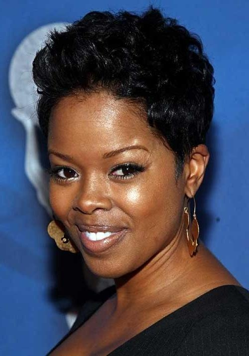 Featured Photo of Black Short Haircuts For Round Faces