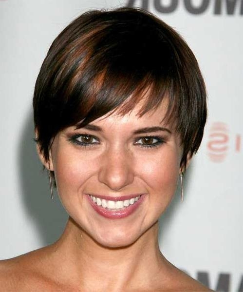 Short Hairstyles For Fine Thin Hair 2017 Women Haircuts Pictures Pertaining To Short Hairstyles For Fine Thin Straight Hair (View 15 of 20)