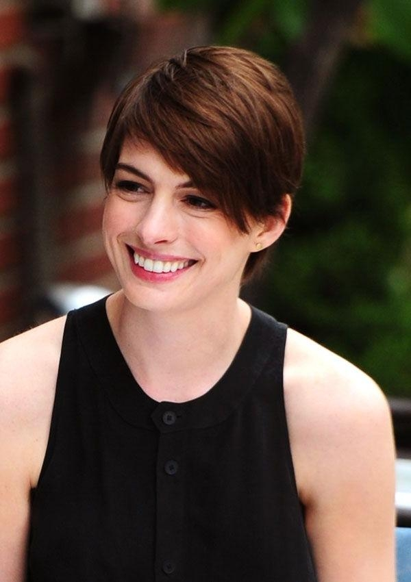 Short Hairstyles For Growing Out A Pixie Cut – Hairstyle Foк Women Inside Brunette Short Hairstyles (View 18 of 20)