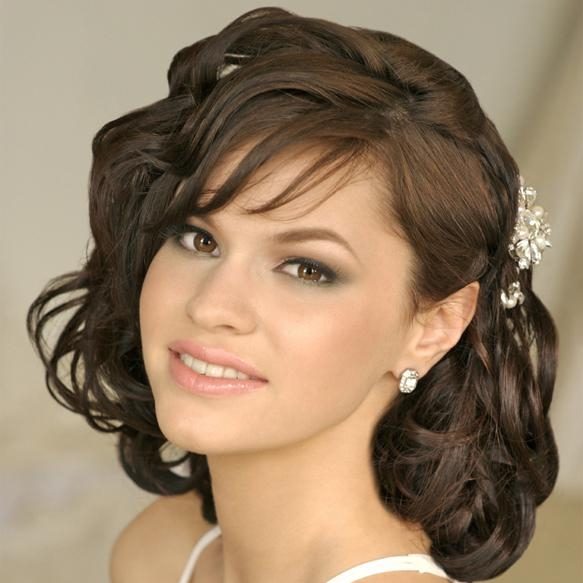 Short Hairstyles For Indian Wedding Party – Hairstyles Intended For Short Hairstyles For Indian Wedding (View 9 of 20)