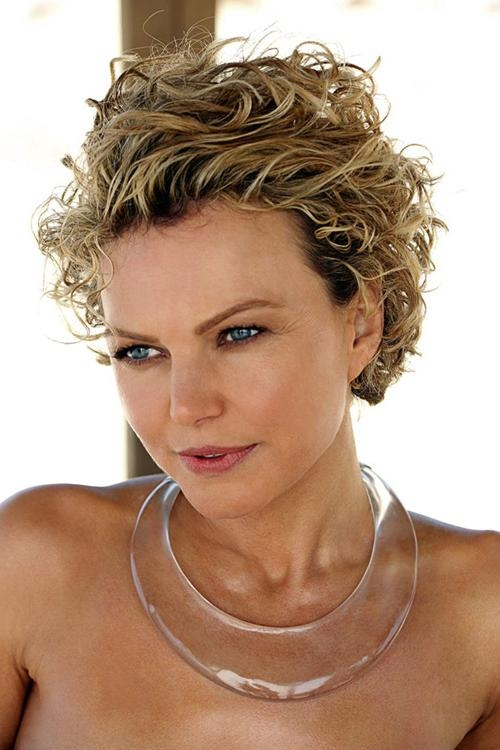 Short Hairstyles For Naturally Curly Hair And Round Faces – Best Regarding Short Haircuts For Naturally Curly Hair And Round Face (View 20 of 20)