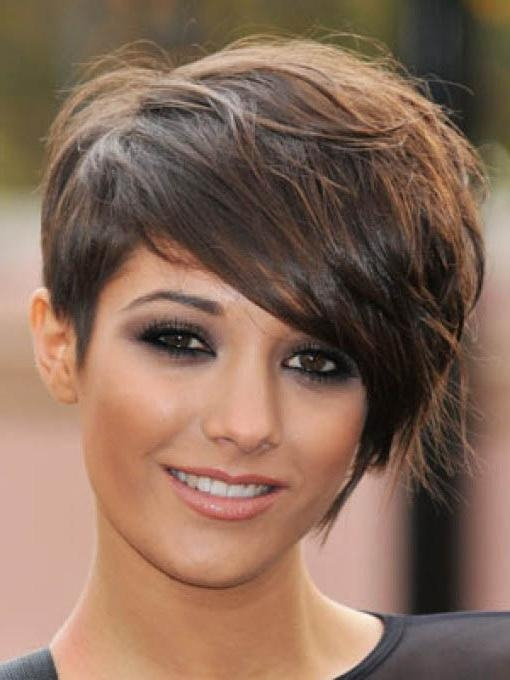 Short Hairstyles For Oval Faces – The Xerxes In Oval Face Shape Short Haircuts (View 16 of 20)