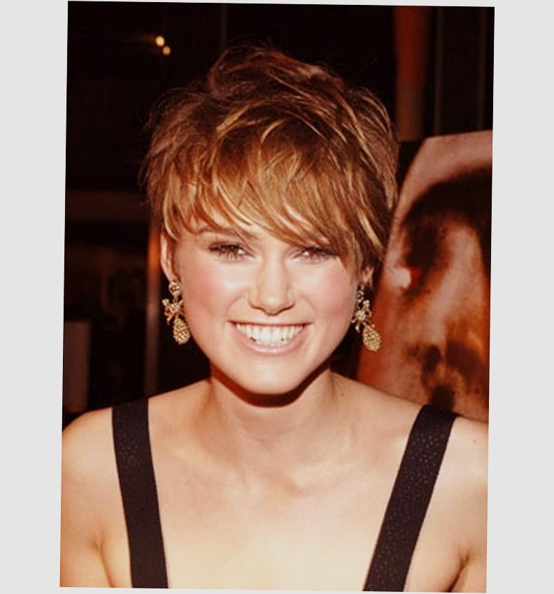 Short Hairstyles For Round Faces 2016 Tips With Picture – Ellecrafts Intended For Low Maintenance Short Haircuts For Round Faces (View 14 of 20)
