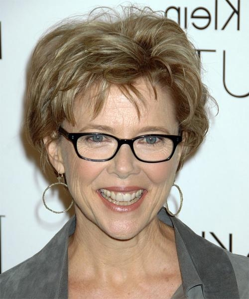 Short Hairstyles For Women Over 50 With Fine Hair And Glasses Regarding Short Hairstyles For Ladies With Glasses (View 17 of 20)