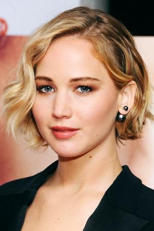 Featured Photo of Cute Celebrity Short Haircuts