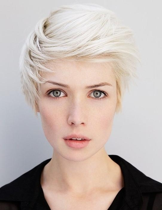 Short Hairstyles With Side Swept Bangs – Popular Haircuts Inside Short Hairstyles With Side Swept Bangs (View 16 of 20)