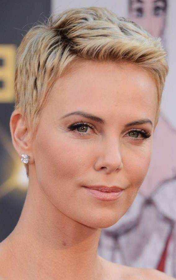 Short Hairstyles Women In Their 30S | My Hairstyles Site Throughout Short Haircuts For Women In Their 30S (View 17 of 20)