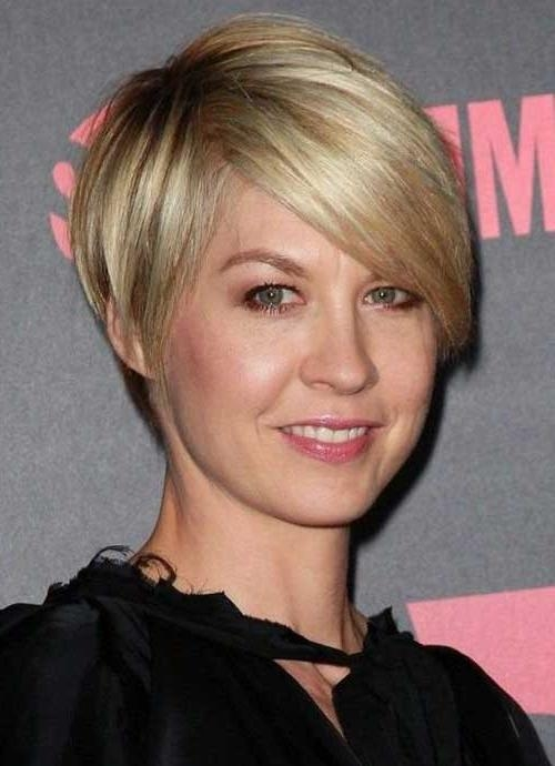 Short Hairstyles: Wonderful Casual Short Hairstyles Short Intended For Cute Short Haircuts For Thin Straight Hair (View 19 of 20)