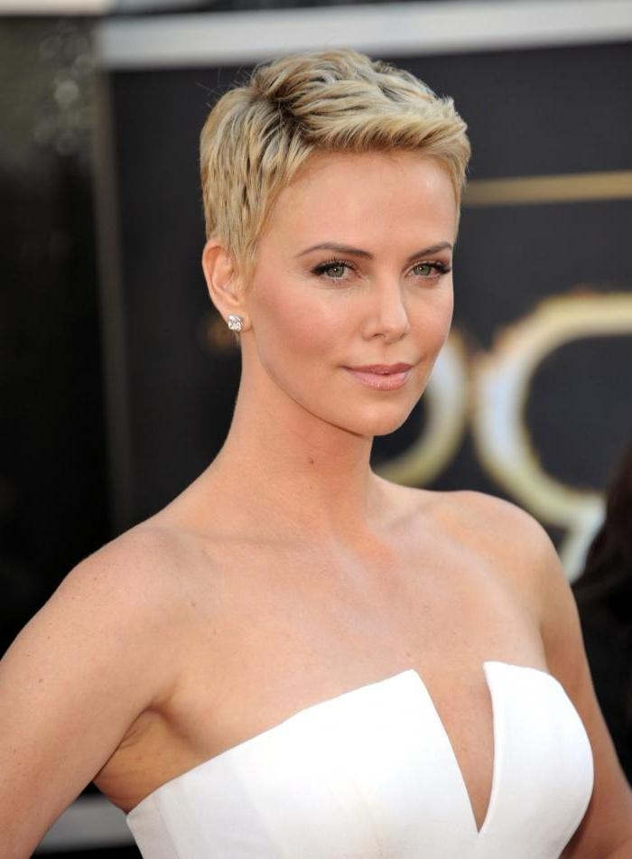 20 Best Ideas Of Short Haircuts For Women With Big Ears